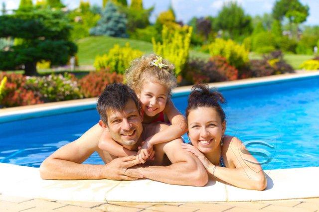 Dlaczego warto kupić basen ogrodowy w przedsprzedaży?