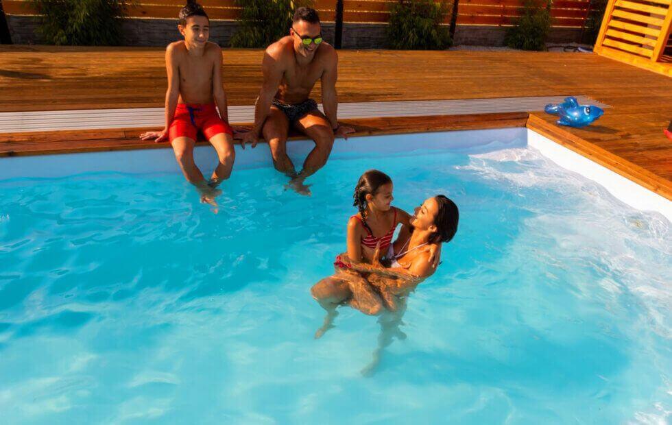 baseny ogrodowe to frajda dla osób w każdym wieku